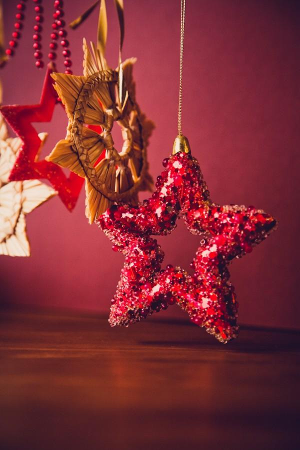 Как красиво украсить комнату к Новому году 2018