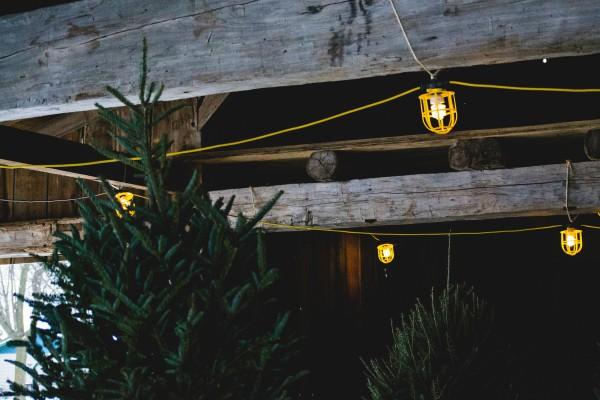 Как украсить дом и двор на Новый год 2018