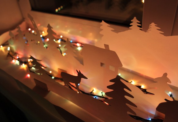 Как украсить подоконник к Новому году