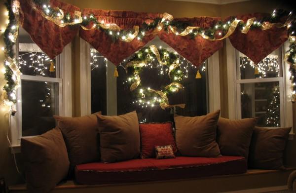 Новогодние гирлянды для украшения окна на Новый год