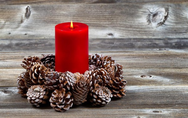 Нрвогодние свечи для украшения дома