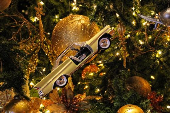 Оригинальные украшения для новогодней елки