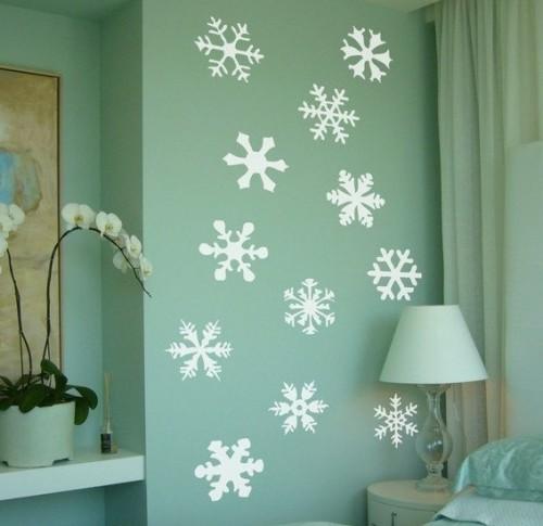 Украшение стены на Новый год из бумаги
