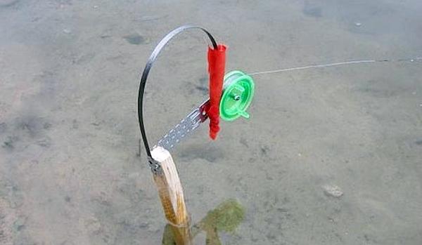 Ловля щуки на жерлицы летом видео — Здесь рыба